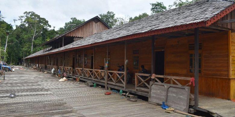 Rumah Betang Panjang Kedungkang yang akan menjadi tempat menginap peserta Bersepeda di Jantung Borneo yang akan diselenggarakan pada 28 Oktober 2017.