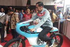 7 'Sneakers' Jokowi yang Mencuri Perhatian