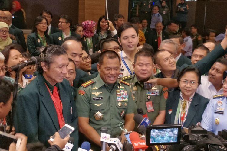 Panglima TNI Jenderal Gatot Nurmantyo saat ditemui di Mabes TNI, Cilangkap, Jakarta Timur, Kamis (9/11/2017).