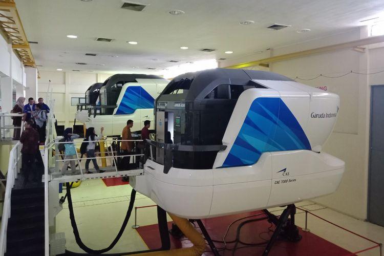 Suasana fasilitas latihan simulator, untuk melatih kabin kru dan pilot teknik pelayanan, penampilan, komunikasi, keamanan, dan pengamanan di Garuda Indonesia Training Centre, Duri, Jakarta Barat, Senin (10/9/2018).(KOMPAS.COM / MUHAMMAD IRZAL ADIAKURNIA)