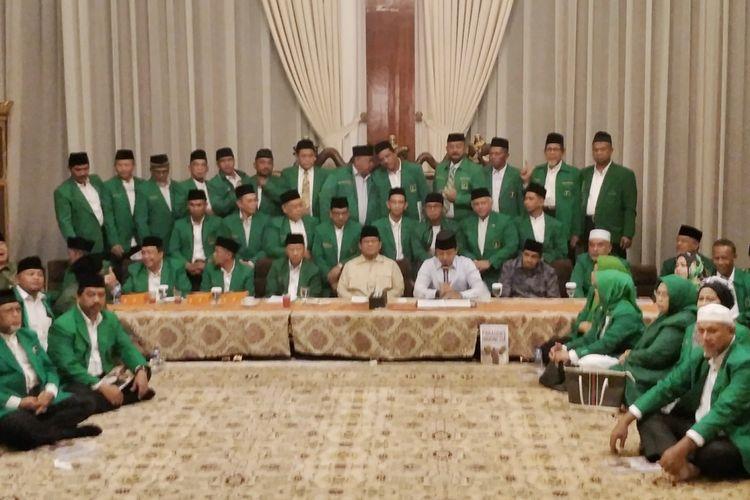 Partai Persatuan Pembangunan (PPP) hasil Muktamar Jakarta menyatakan dukungannya kepada pasangan capres-cawapres nomor urut 02 Prabowo Subianto-Sandiaga Uno pada Pilpres 2019. (KOMPAS.com/KRISTIAN ERDIANTO)