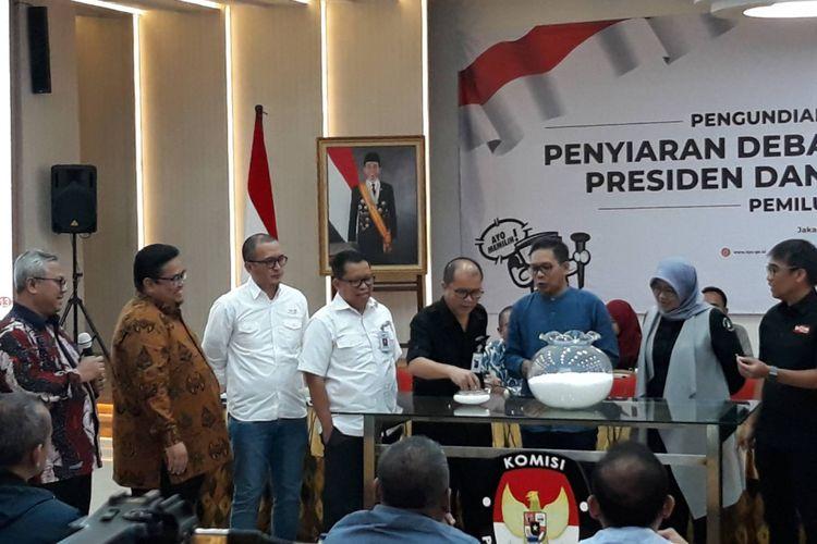 Pengundian dan Penetapan Penyiaran Debat Pasangan Calon Presiden dan Wakil Presiden Pemilu 2019 di Kantor KPU, Menteng, Jakarta Pusat, Rabu (26/12/2018).