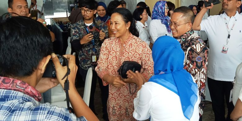 Menteri BUMN Rini Soemarno saat datang ke Belawan meresmikan proyek strategis Pelindo 1 sekaligus kantor pusatnya, Minggu (17/3/2019)