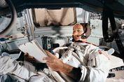 Alasan Astronot Ketiga Apollo 11 Tidak Ikut Turun ke Bulan