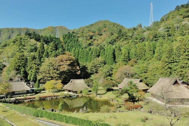 Temukan juga Museum Sejarah Fujihashi di dekat sini.