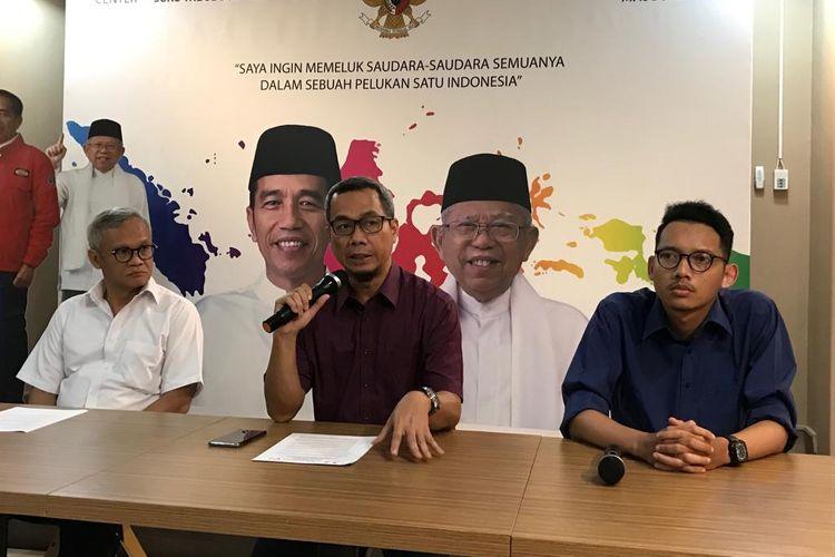 Direktur Komunikasi Politik TKN Usman Kansong saat konferensi pers potensi pelibatan anak dalam aksi unjuk rasa di KPU 22 Mei 2019 mendatang.