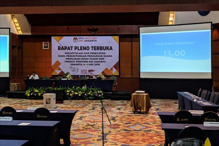 Suasana rapat pleno penghitungan suara Pemilu 2019 tingkat provinsi DKI Jakarta, di Hotel Bidakara, Jakarta Selatan, Jumat (17/5/2019).