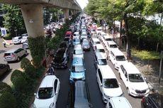 Taksi Online Dikaji Bebas Ganjil Genap, Warga: Sama Saja, Bikin Macet