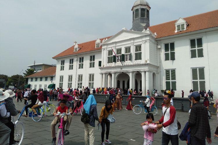 Suasana Kawasan Wisata Kota Tua, Jakarta Barat, Sabtu (8/6/2109)