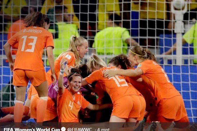 Timnas putri Belanda menang 1-0 atas Swedia pada babak semifinal Piala Dunia Wanita 2019.