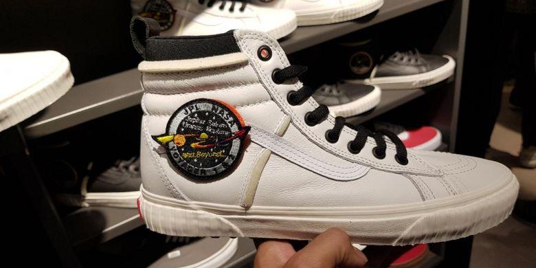 Sneakers Vans x NASA