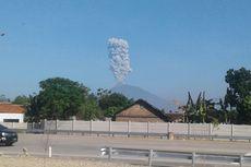 Bandara Semarang dan Solo Tutup akibat Letusan Merapi, Puluhan Penerbangan Tertunda