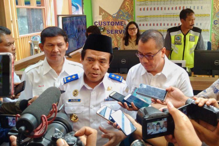 Direktur Jenderal Perhubungan Udara Kementerian Perhubungan, Agus Santoso saat di Bandara Adi Sutjipto Yogyakarta untuk memantau langsung arus balik