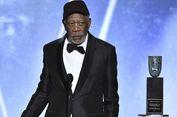 Kenapa Morgan Freeman Pakai Topi Bisbol di Ajang SAG Awards?
