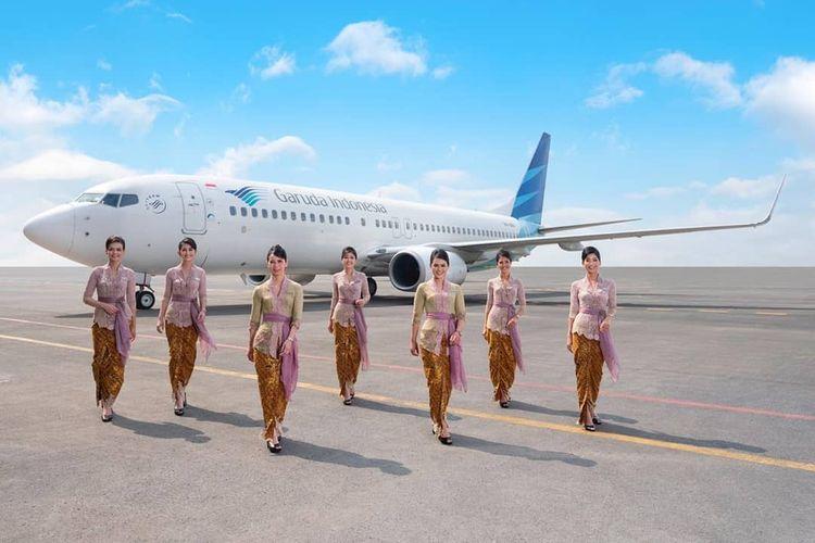 Seragam pramugari Garuda Indonesia karya Anne Avantie yang diluncurkan pada penerbangan Jakarta-Semarang, 3 Juli 2019 siang.