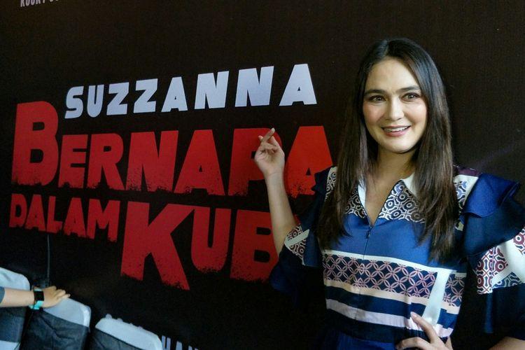 Artis peran Luna Maya dalam jumpa pers peluncuran teaser dan poster Suzzanna: Bernapas Dalam Kubur di kantor Soraya Intercine Films di kawasan Wahid Hasyim, Menteng, Jakarta Pusat, Senin (24/9/2018).