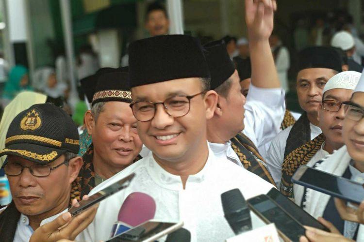 Gubernur DKI Jakarta Anies Baswedan di Masjid Nurul Jihad, Jagakarsa, Sabtu (23/12/2017).