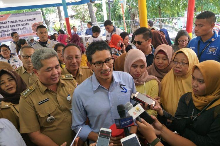 Calon Wakil Presiden nomor urut 02 Sandiaga Uno di RPTRA Mutiara Sumur Batu, Kemayoran, Jakarta Pusat, Selasa (7/2/2019)