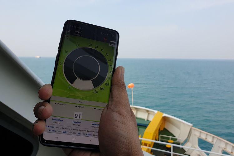 Blankspot terjadi di tengah perjalanan menyeberangi Selat Sunda.