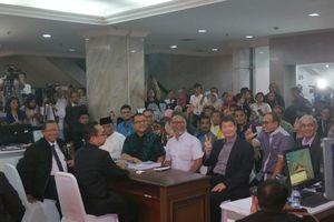 1,5 Jam Jelang Penutupan, Tim Hukum Prabowo Resmi Gugat Hasil Pilpres ke MK