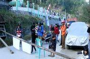 Protes Komentar di Facebook, Warga Blokade Jalan Trans Sulawesi