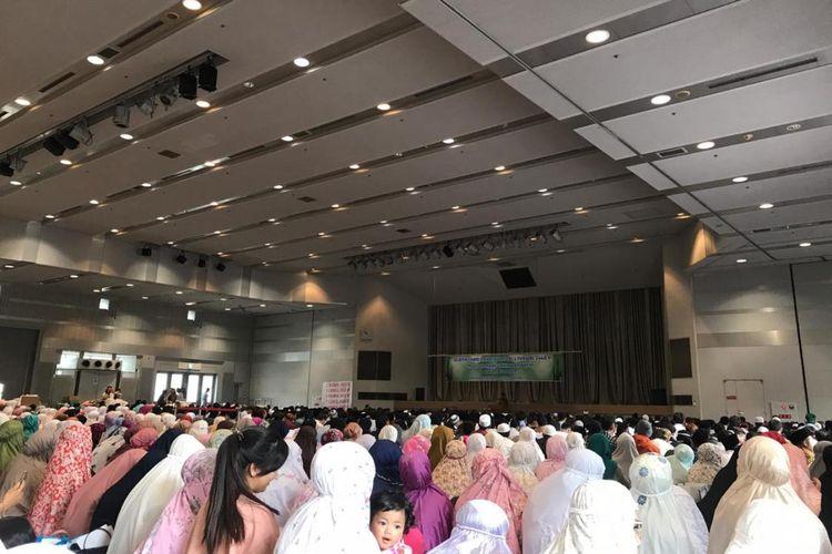Kondisi sholat Idul Fitri di Osaka