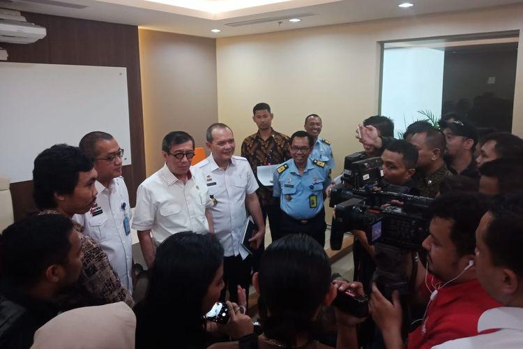 Menkumham Yasonna Laoly saat jumpa pers mengenai menangnya Indonesia di arbitrase internasional atas dua perusahaan tambang asing. Jumpa pers digelar di Gedung Imigrasi, Kemenkumham, Jakarta, Senin (25/3/2019).