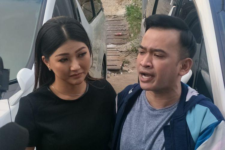 Ruben Onsu dan Sarwendah Tan saat ditemui di kawasan Tendean, Jakarta Selatan, Kamis (11/7/2019).