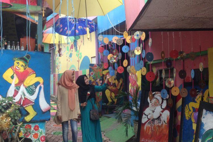 Kampung Pelangi di Kota Semarang, Jawa Tengah.