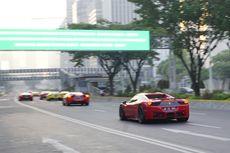 Jalanan Sepi Jakarta Dimanfaatkan Penggemar Otomotif