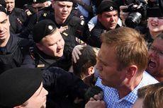 Sempat Ditahan karena Berunjuk Rasa, Pemimpin Oposisi Rusia Dibebaskan