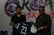 Hamka Hamzah Tolak Tawaran dari 5 Klub demi ke Arema FC