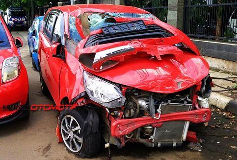Apa yang Harus Dilakukan Jika Alami Kecelakaan di Jalan Tol