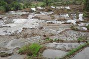 Pasca-banjir Bandang, Warga di Simalungun Manfaatkan Sungai Kecil untuk Minum