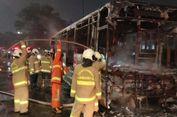 Bus Transjakarta Hangus Terbakar di Pasar Baru