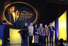 Genjot Pembangunan, Basuki Terima Penghargaan
