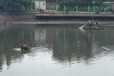 Waduk Poncol Dikeruk, Warga Berbondong-bondong Menjala Ikan