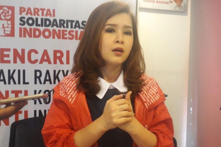 Ketua Umum Partai Solidaritas Indonesia (PSI) Grace Natalie di Kantor DPP PSI, Jakarta, Jumat (15/12/2017).