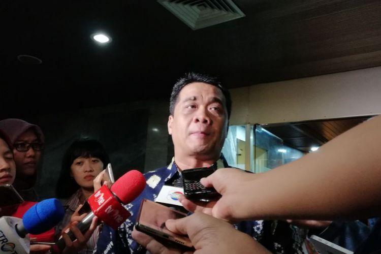 Wakil Ketua Komisi II DPR Ahmad Riza Patria di Kompleks Parlemen, Jakarta, Selasa (13/3/2018) malam.