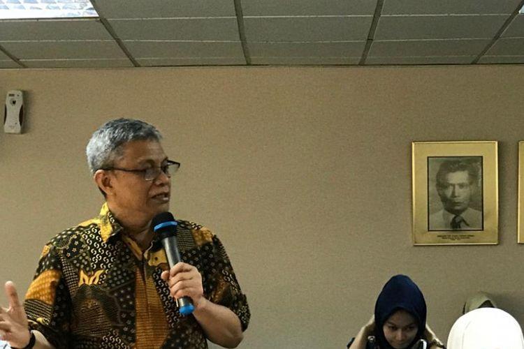 Kepala Lembaga Penelitian, Pengembangan dan Pengkajian Ekonomi (LP3E), Kamar Dagang dan Industri (Kadin), Didik Rachbini