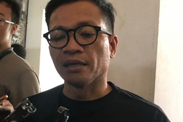 Direktur Eksekutif Amnesty International Indonesia Usman Hamid di Historia Food & Bar, Jakarta Barat, Rabu (10/10/2018).