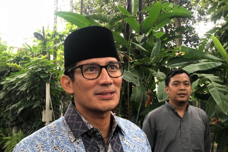 Calon wakil presiden nomor urut 02, Sandiaga Uno, di Jalan Galuh II, Senin (28/11/2018).