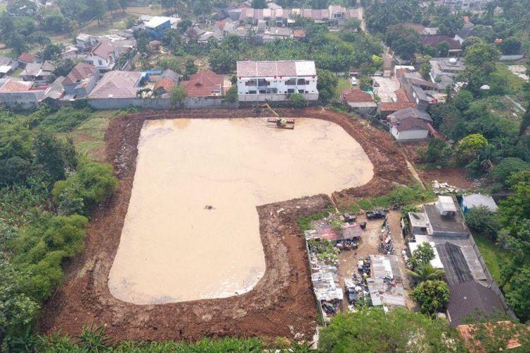 Embung di Jalan Aselih, Cipedak, Jagakarsa yang sedang dibangun Suku Dinas Sumber Daya Air Jakarta Selatan.