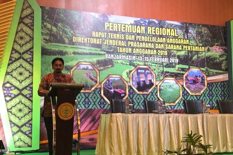 Dirjen Prasarana dan Sarana Pertanian (PSP) Kementan Sarwo Eddy dalam rapat teknis (Ratek) di Banjarmasin, 13-15 Feb 2019. Ratek diikuti oleh 160 pejabat daerah dalam lingkup pertanian.