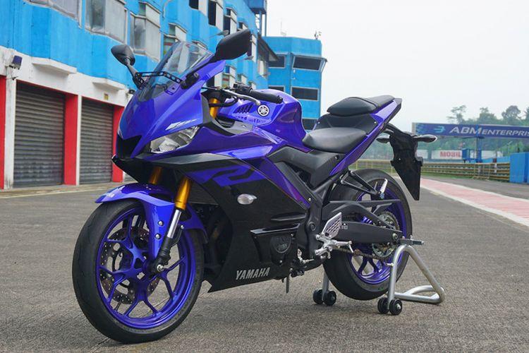 Yamaha R25 terbaru hadir dengan beberapa perubahan