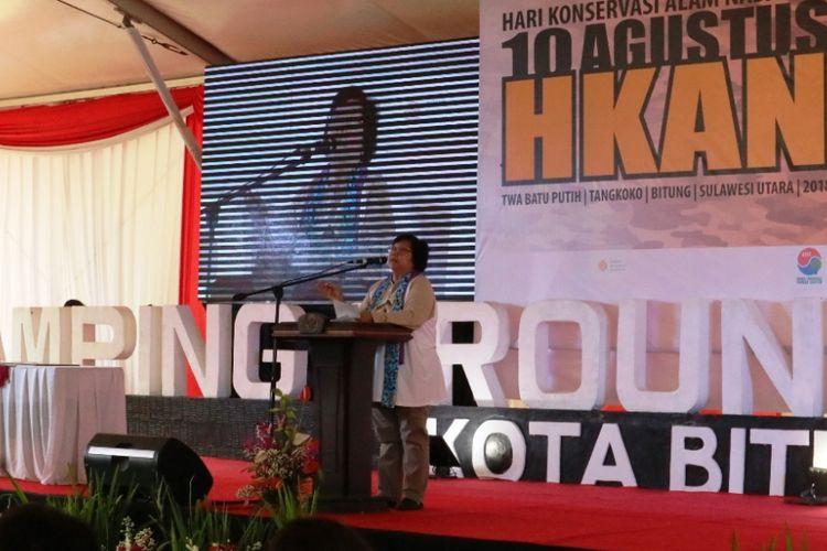 Menteri LHK Siti Nurbaya menyampaikan sambutan dalam acara Jambore Nasional Konservasi Alam dalam rangka peringatan Hari Konservasi Alam Nasional (HKAN) 2018 pada 28-31 Agustus 2018 di Taman Wisata Alam (TWA) Batuputih, Kecamatan Ranowulu, Bitung.