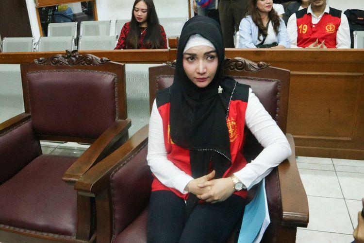 Artis Roro Fitria di Pengadilan Negeri Jakarta Selatan, Rabu (17/10/2018).