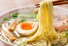 Jalan Panjang Ramen, Dari Lambang Penjajahan hingga Makanan Nasional Jepang