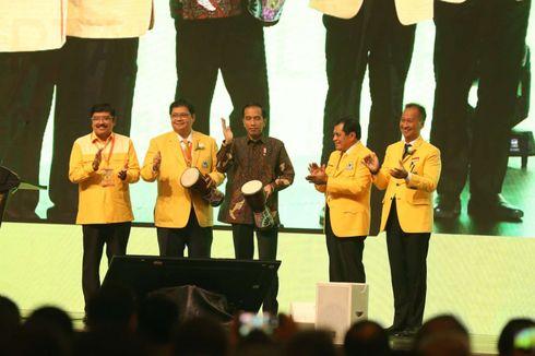 Pertahankan Airlangga, Ada Deal Politik Antara Jokowi dan Golkar?