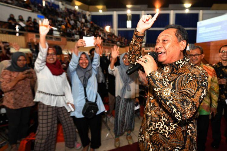 Direktur Utama PT Bank Tabungan Negara (Persero) Tbk Maryono saat memberikan paparan tentang kewirausahaan di Institut Pertanian Bogor (IPB), Sabtu (20/10/2018).